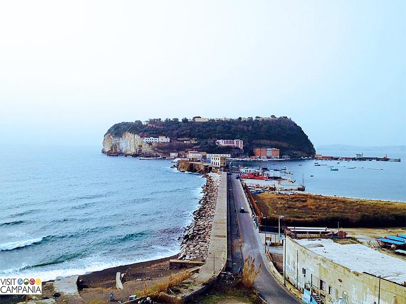 Nisida itinerari Napoli e dintorni visitcampania visit campania