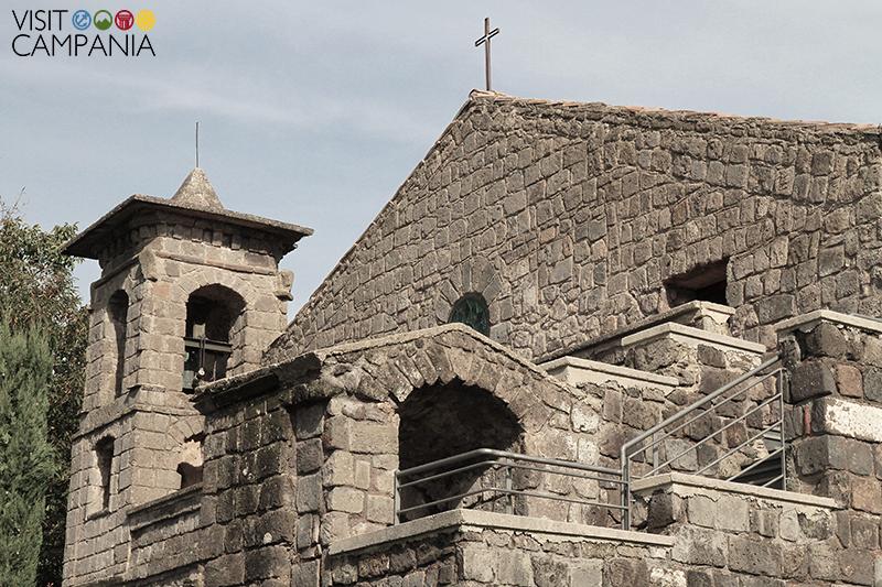 Eremo San Vitaliano facciata campanile