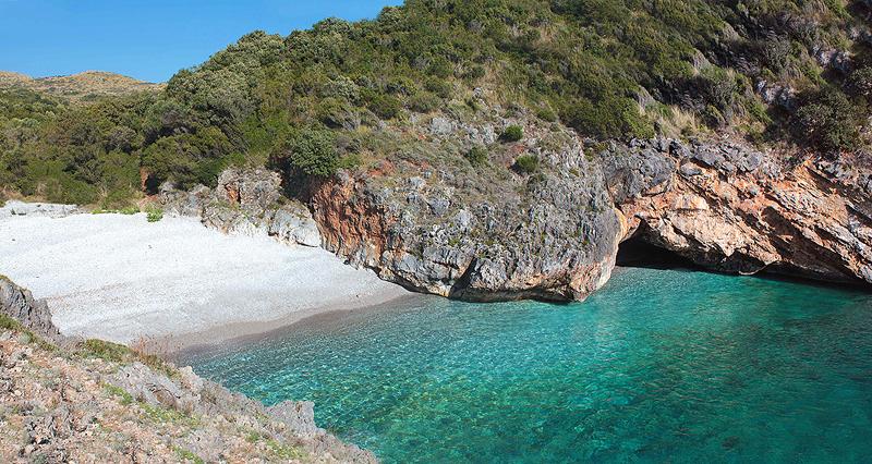 5 spiagge da visitare in Campania - Cala Bianca