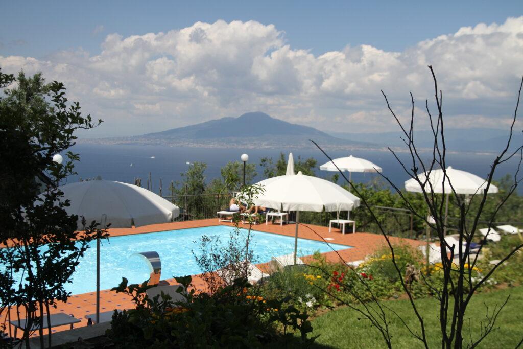relais palazzo del parone sorrento hotel piscina